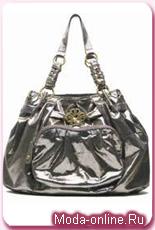 Миша Бартон представила свою вторую коллекцию сумочек
