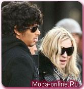 Бой-френд Мадонны не появится в рекламе Louis Vuitton